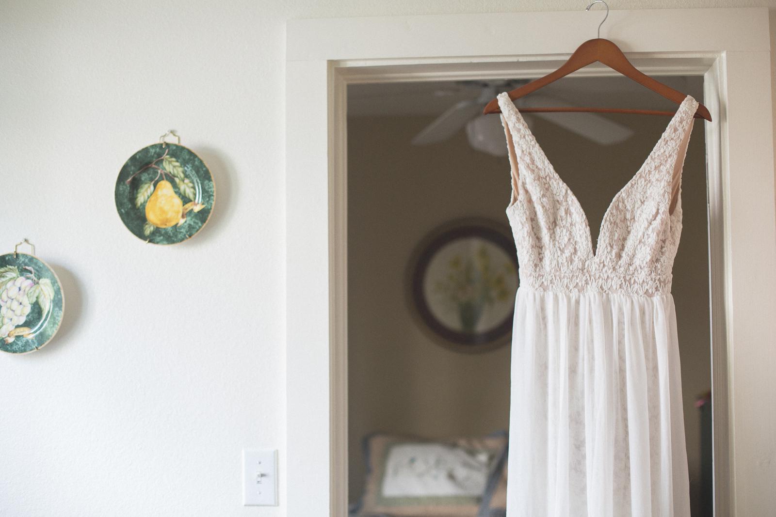 durango wedding dress hanger
