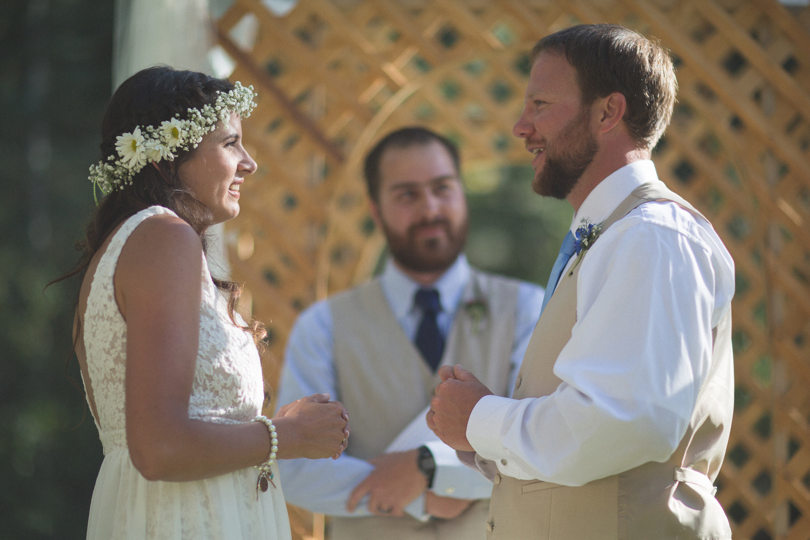 077-wedding-party-bus-fun-photography-ceremony