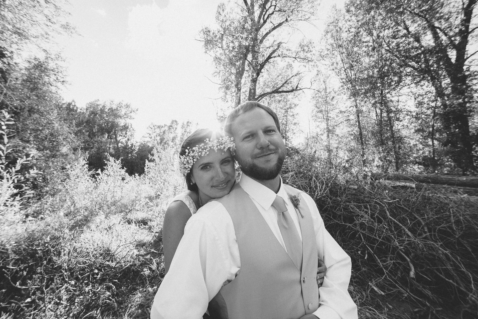 wedding fun photography bride groom unique nature trees