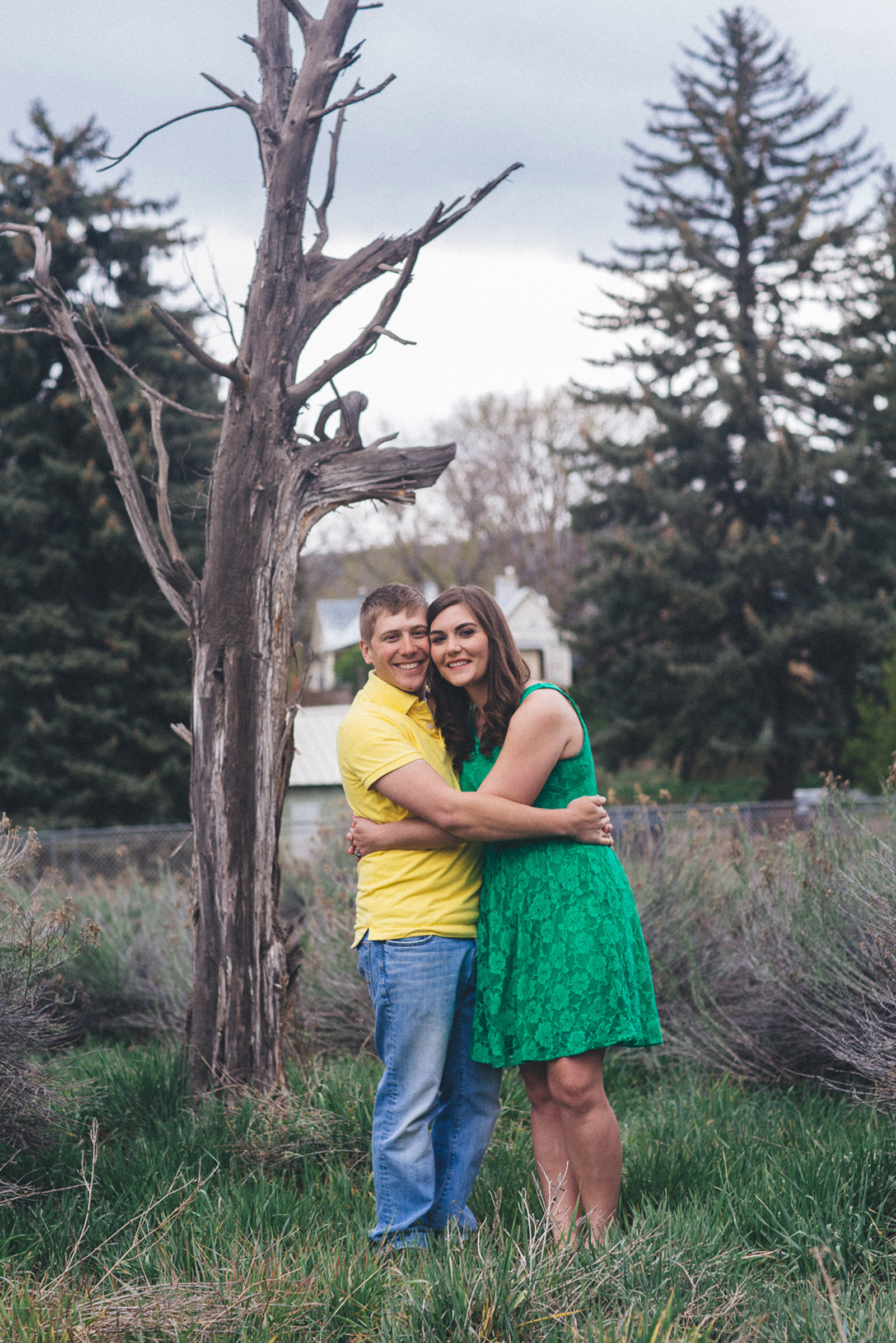 004-engagement-trees-fun-laughing-durango-colorado-farmington