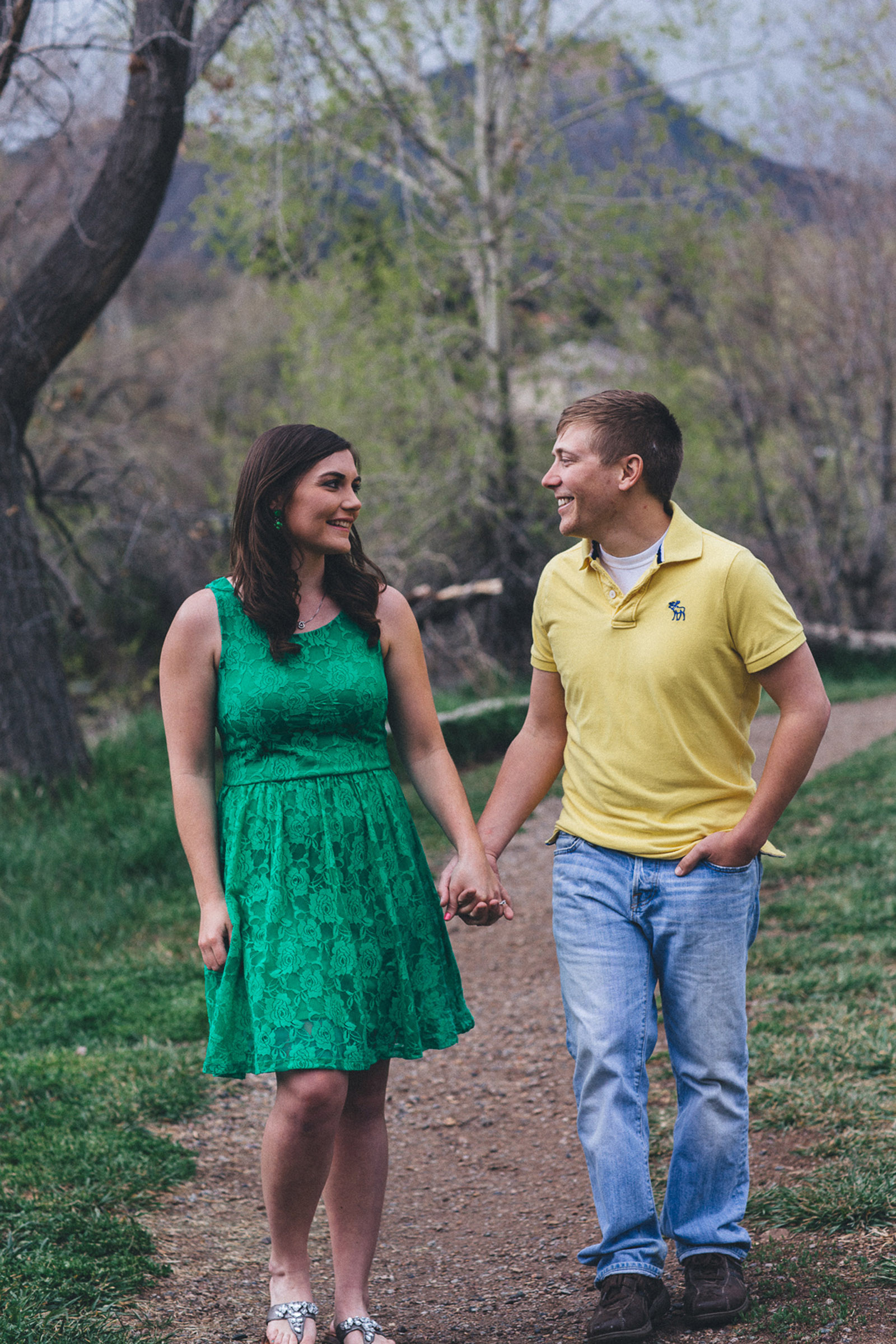 015-engagement-trees-fun-laughing-durango-colorado-farmington