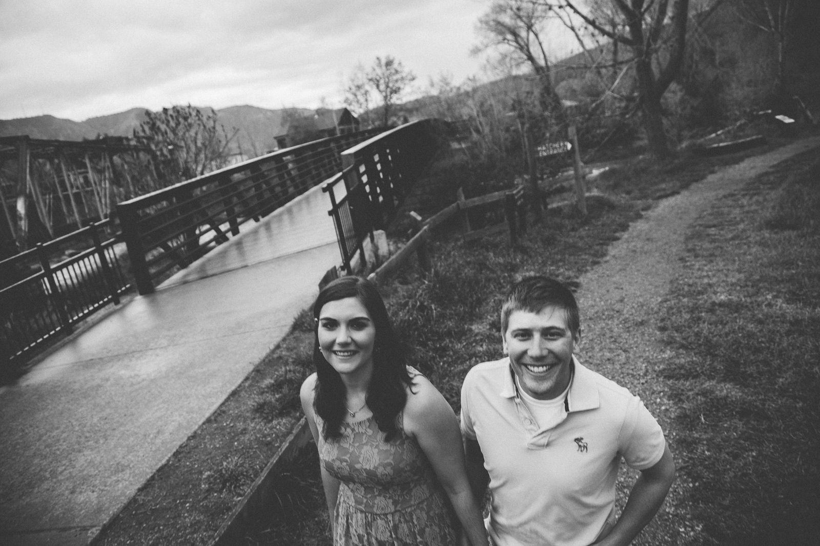 016-engagement-trees-fun-laughing-durango-colorado-farmington