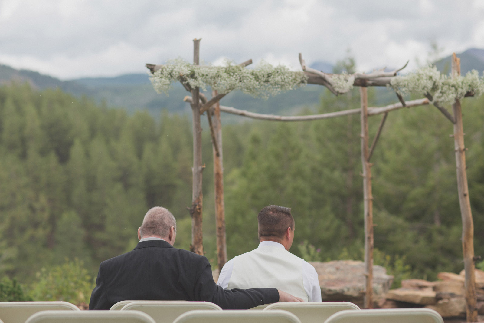 100-wedding-ideas-ideas-wedding-forest-mason-jars-backdrop-colorado-mancos-ceremony
