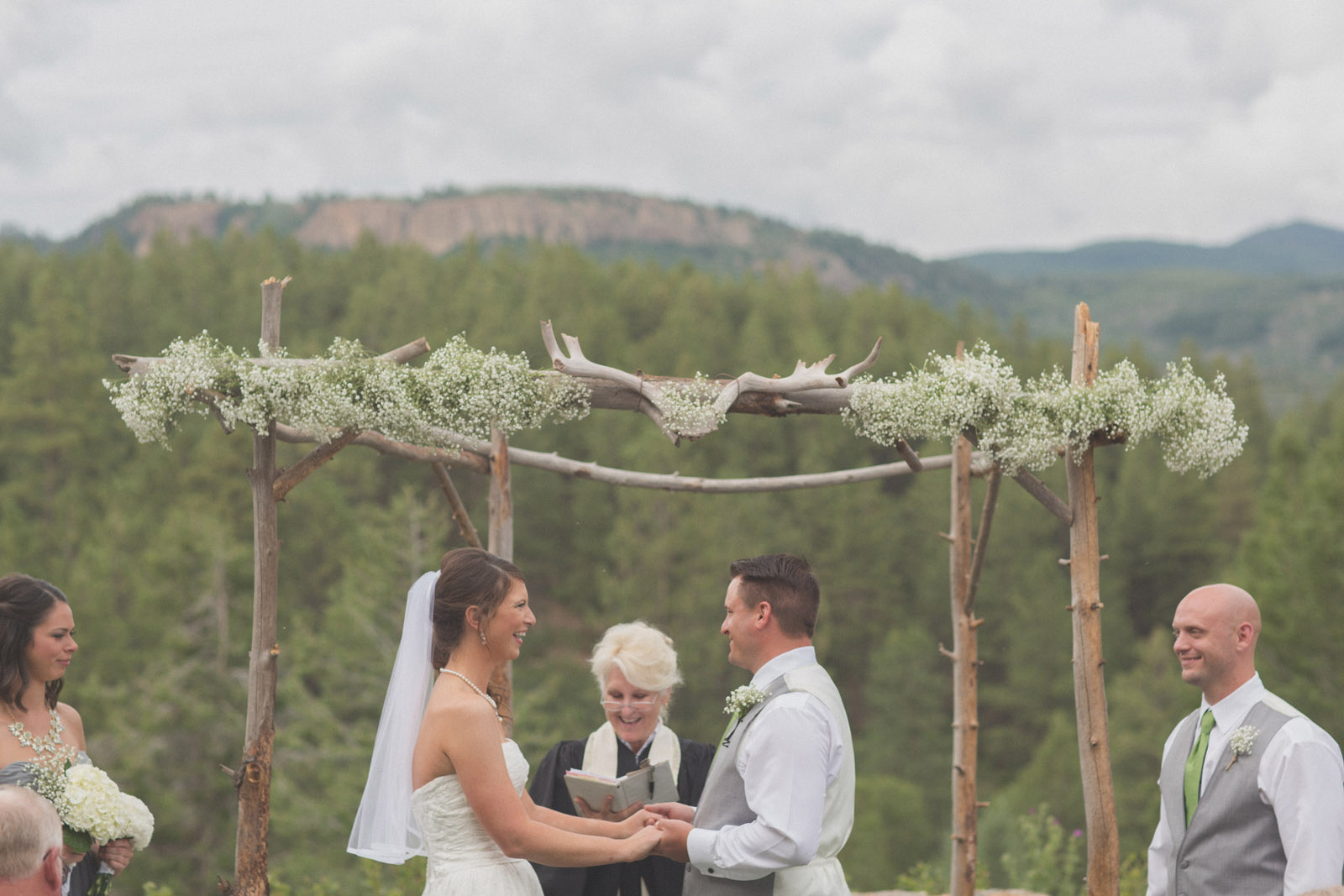 132-wedding-ideas-ideas-wedding-forest-mason-jars-backdrop-colorado-mancos-ceremony