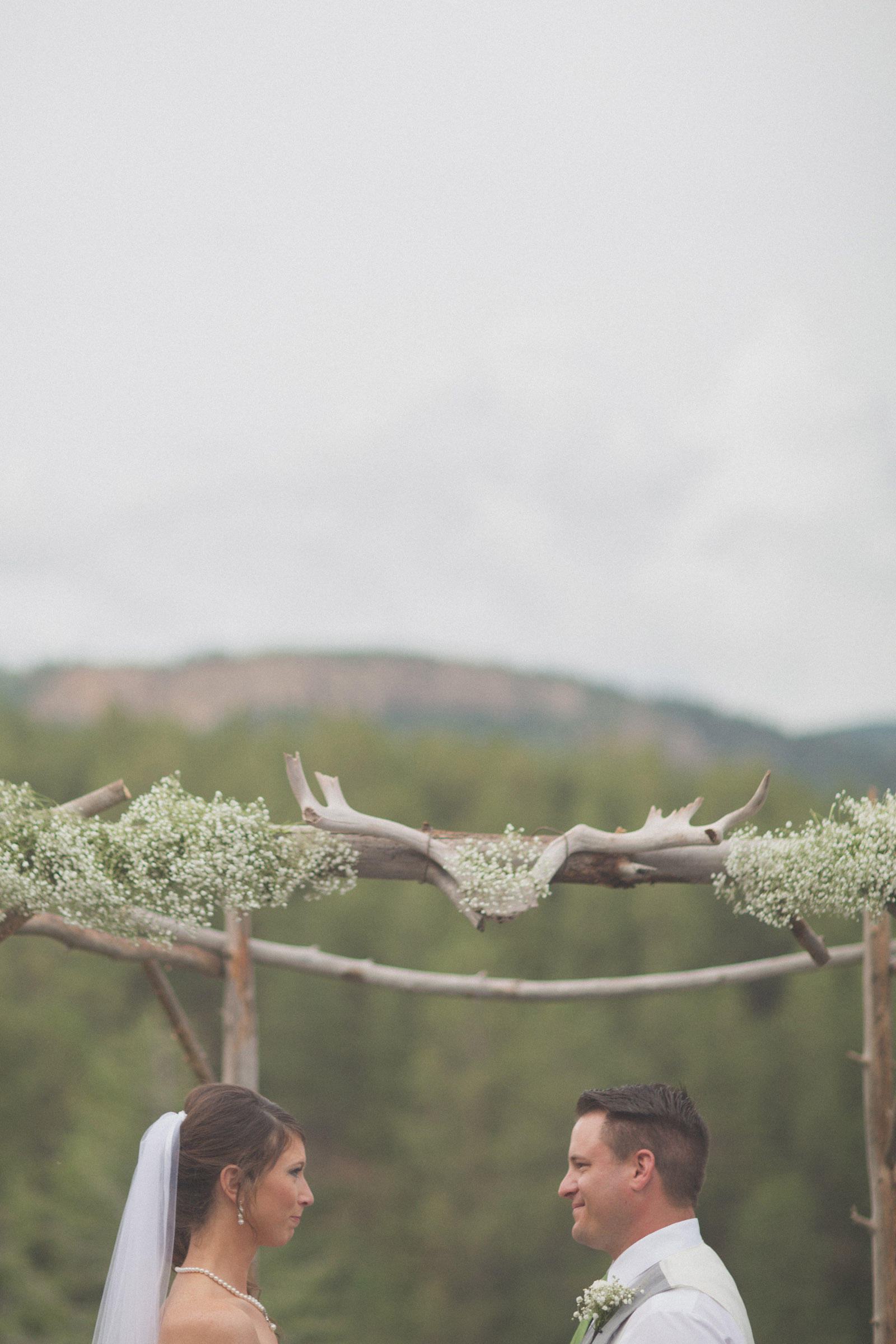 137-wedding-ideas-ideas-wedding-forest-mason-jars-backdrop-colorado-mancos-ceremony