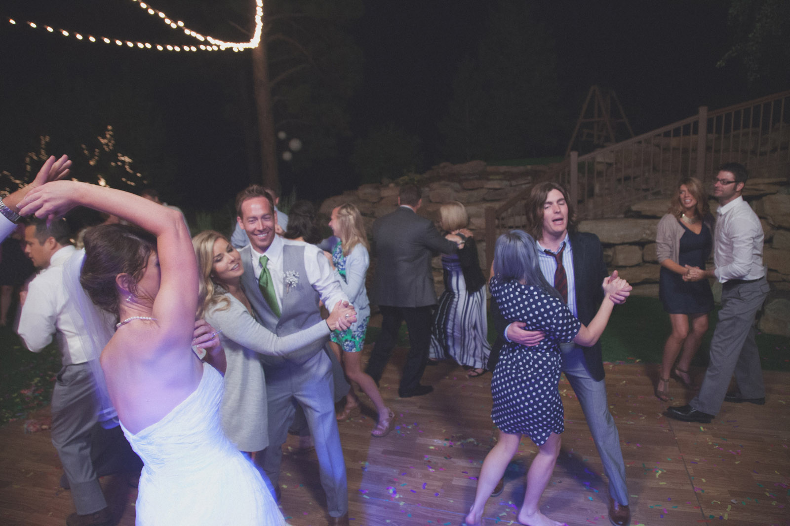 236-reception-ideas-reception-farmington-nm-co-new-mexico-colorado-mancos-ideas-string-lights-cabin-outside-natural-wedding-night-strobe-flash-dance-party