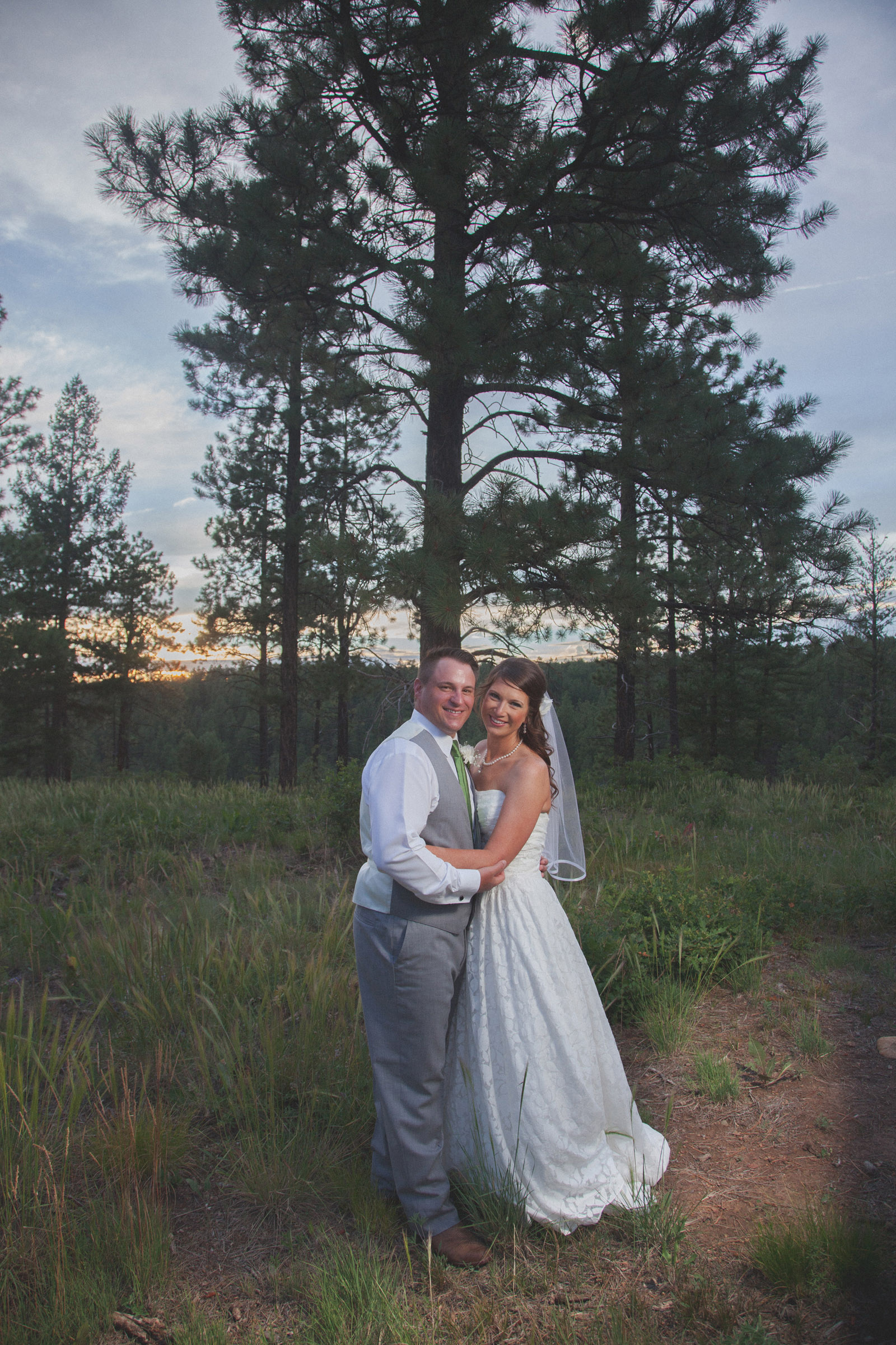 forest bride trees sunset wedding photographers in farmington nm 19