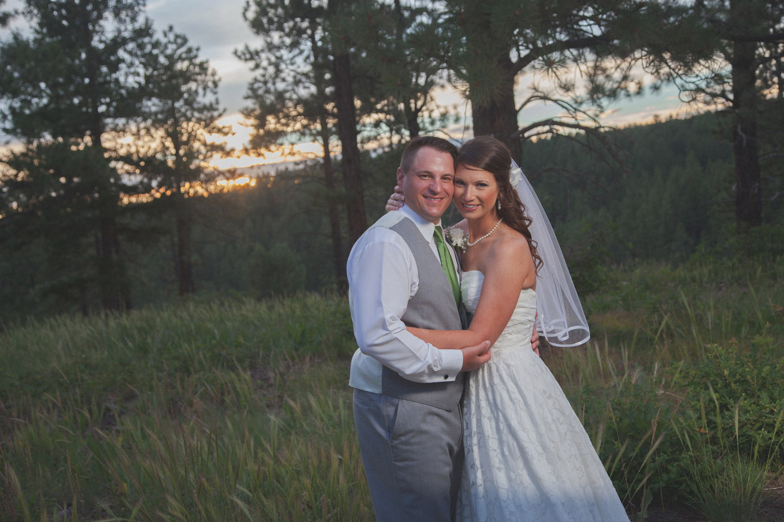 forest bride trees sunset wedding photographers in farmington nm 20