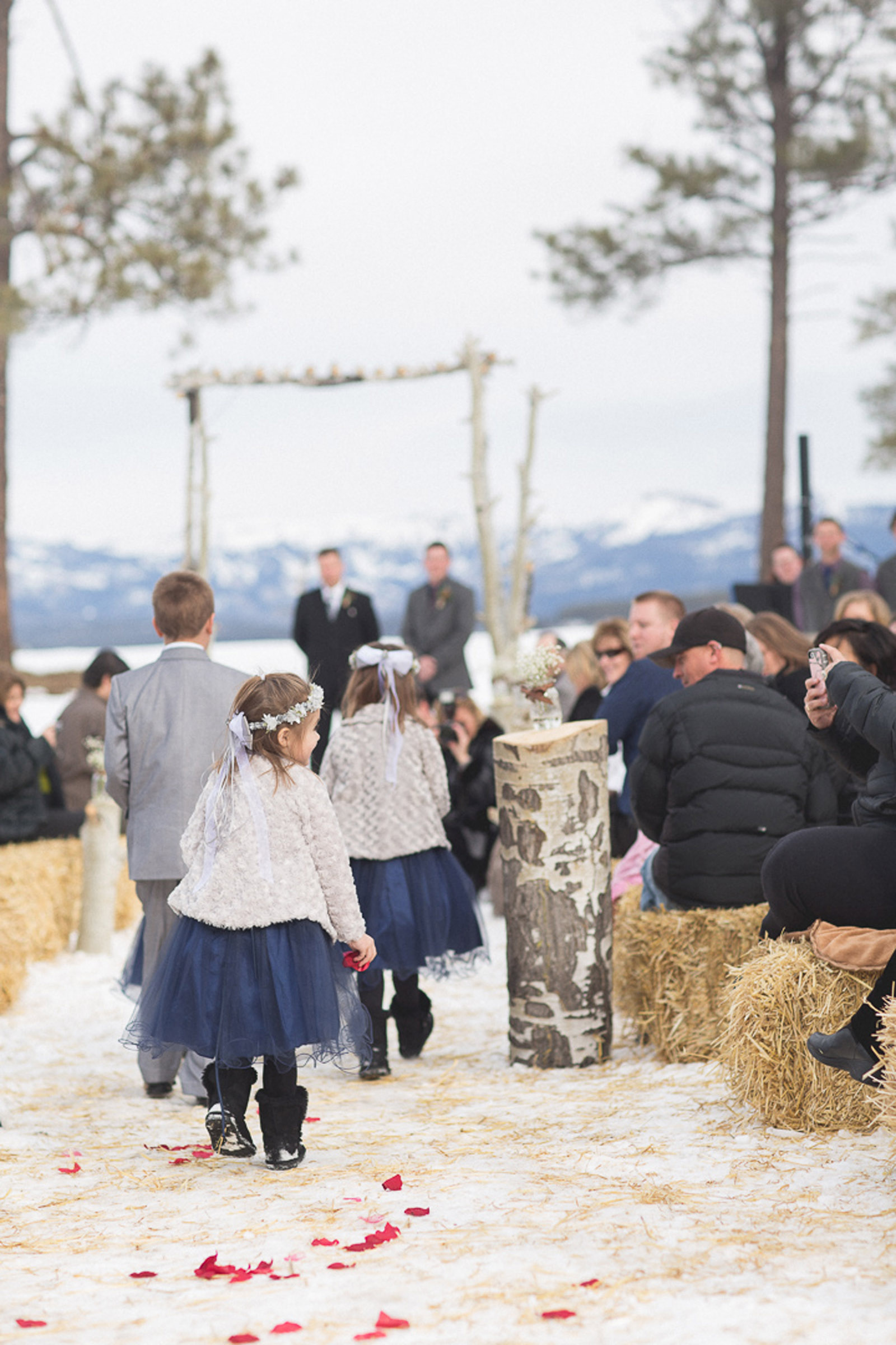 085-wedding-ceremony-in-pagosa-springs-wedding-photographer-snow-winter-wedding