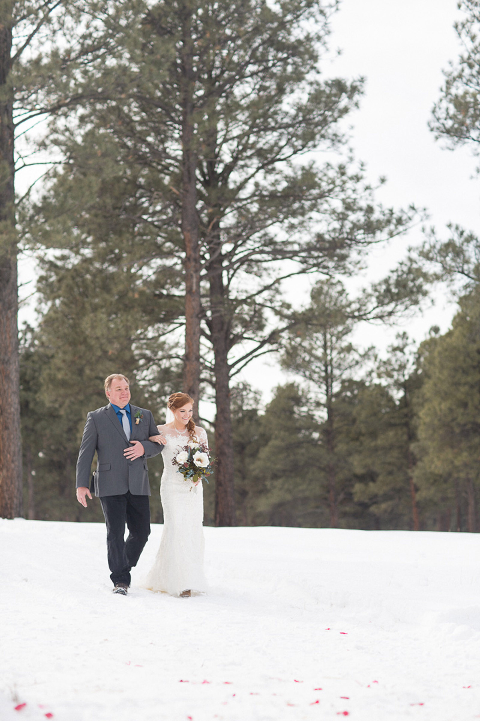 088-wedding-ceremony-in-pagosa-springs-wedding-photographer-snow-winter-wedding
