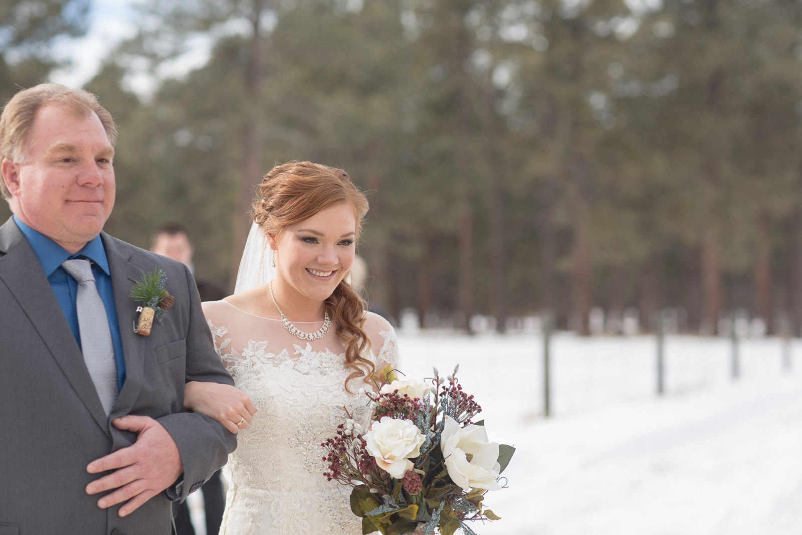 095-wedding-ceremony-in-pagosa-springs-wedding-photographer-snow-winter-wedding