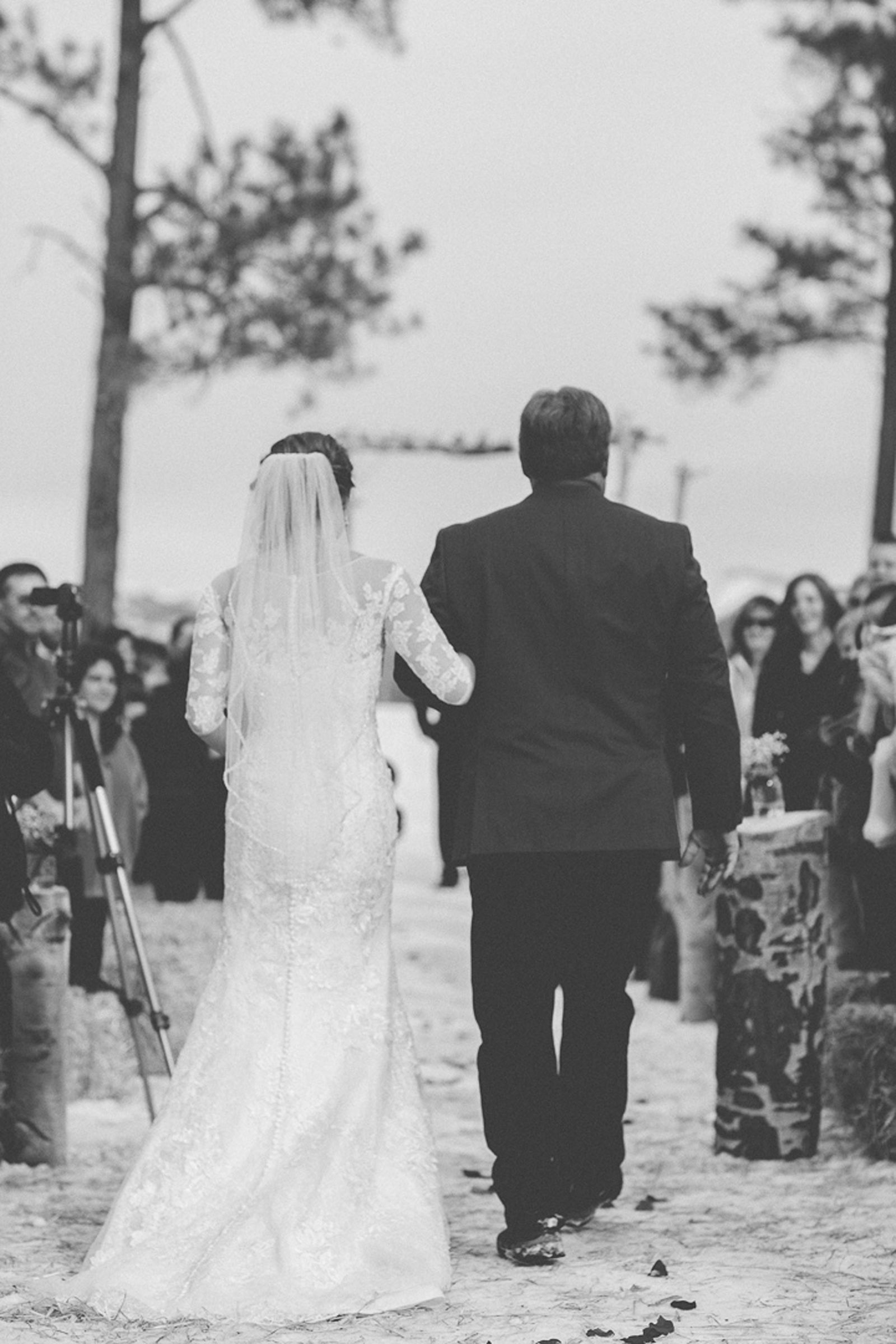 097-wedding-ceremony-in-pagosa-springs-wedding-photographer-snow-winter-wedding