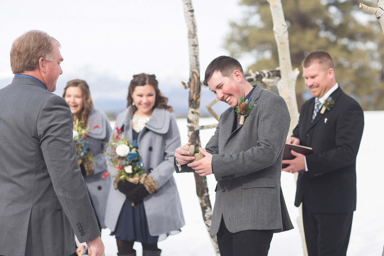 102-wedding-ceremony-in-pagosa-springs-wedding-photographer-snow-winter-wedding