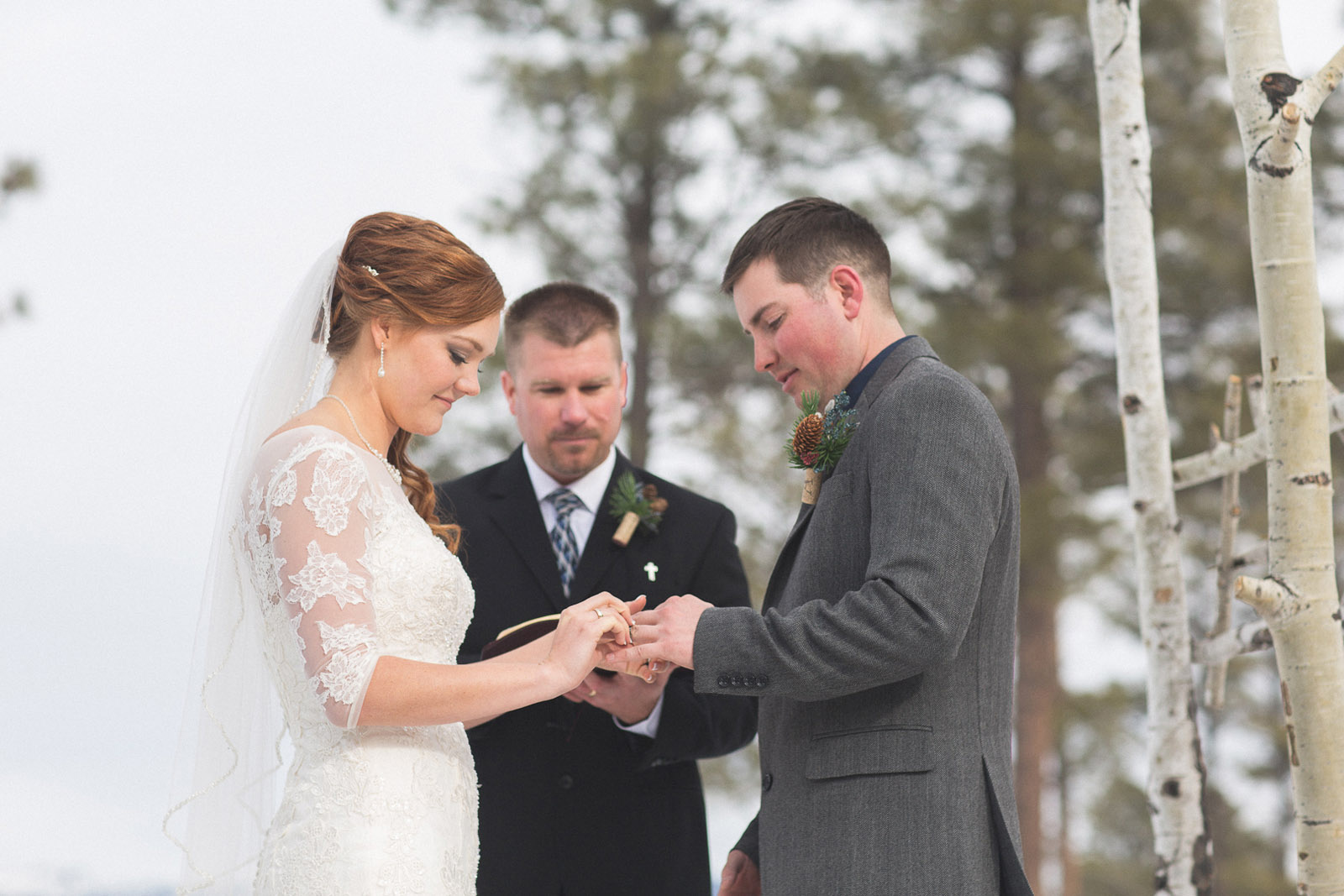 120-wedding-ceremony-in-pagosa-springs-wedding-photographer-snow-winter-wedding