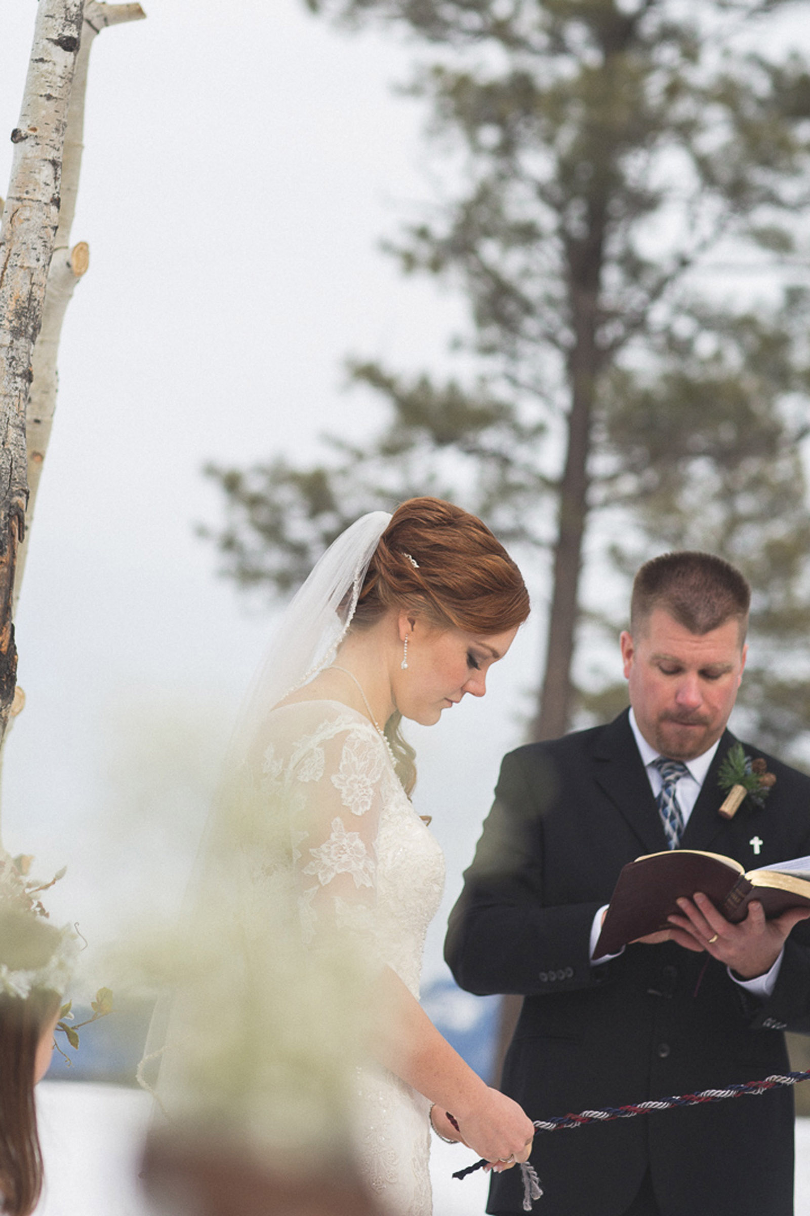 124-wedding-ceremony-in-pagosa-springs-wedding-photographer-snow-winter-wedding
