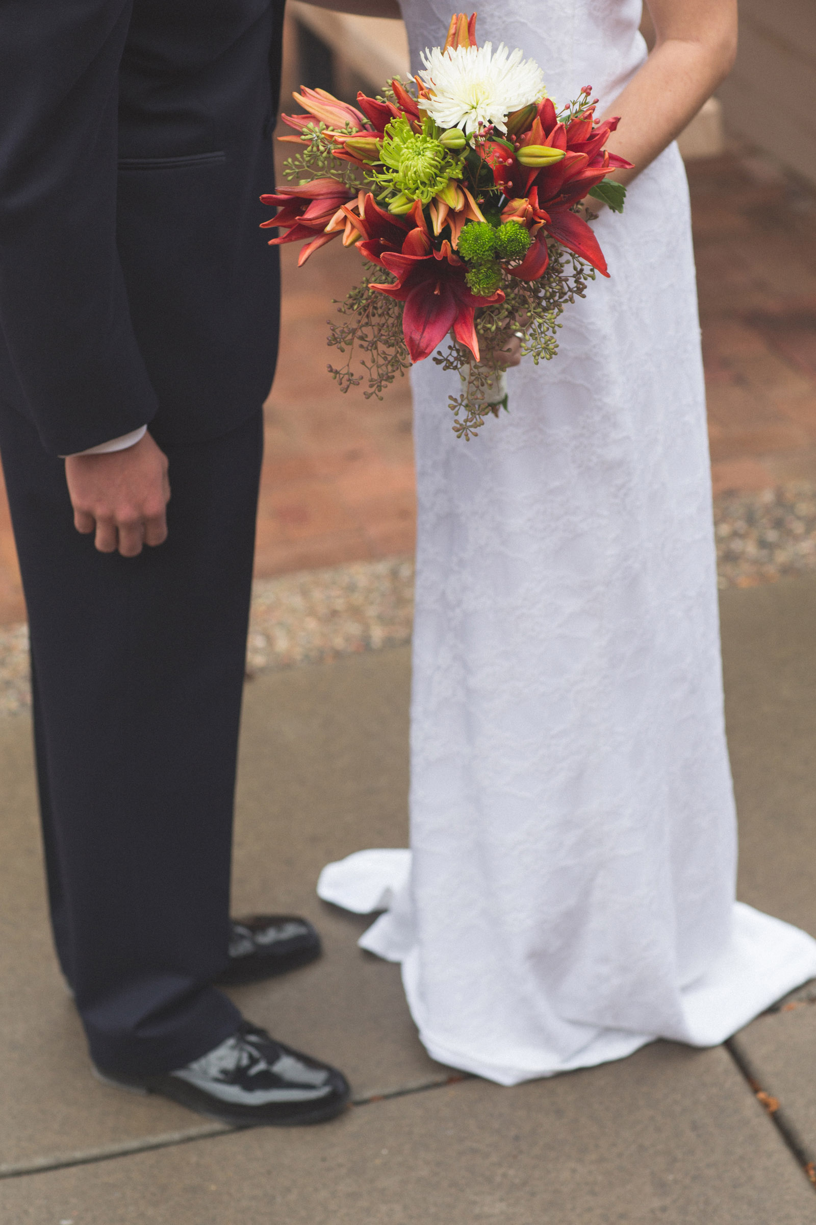 056-bride-and-groom-see-eachother-in-first-look-in-courtyard-before-the-ceremony-in-albuquerque-nm