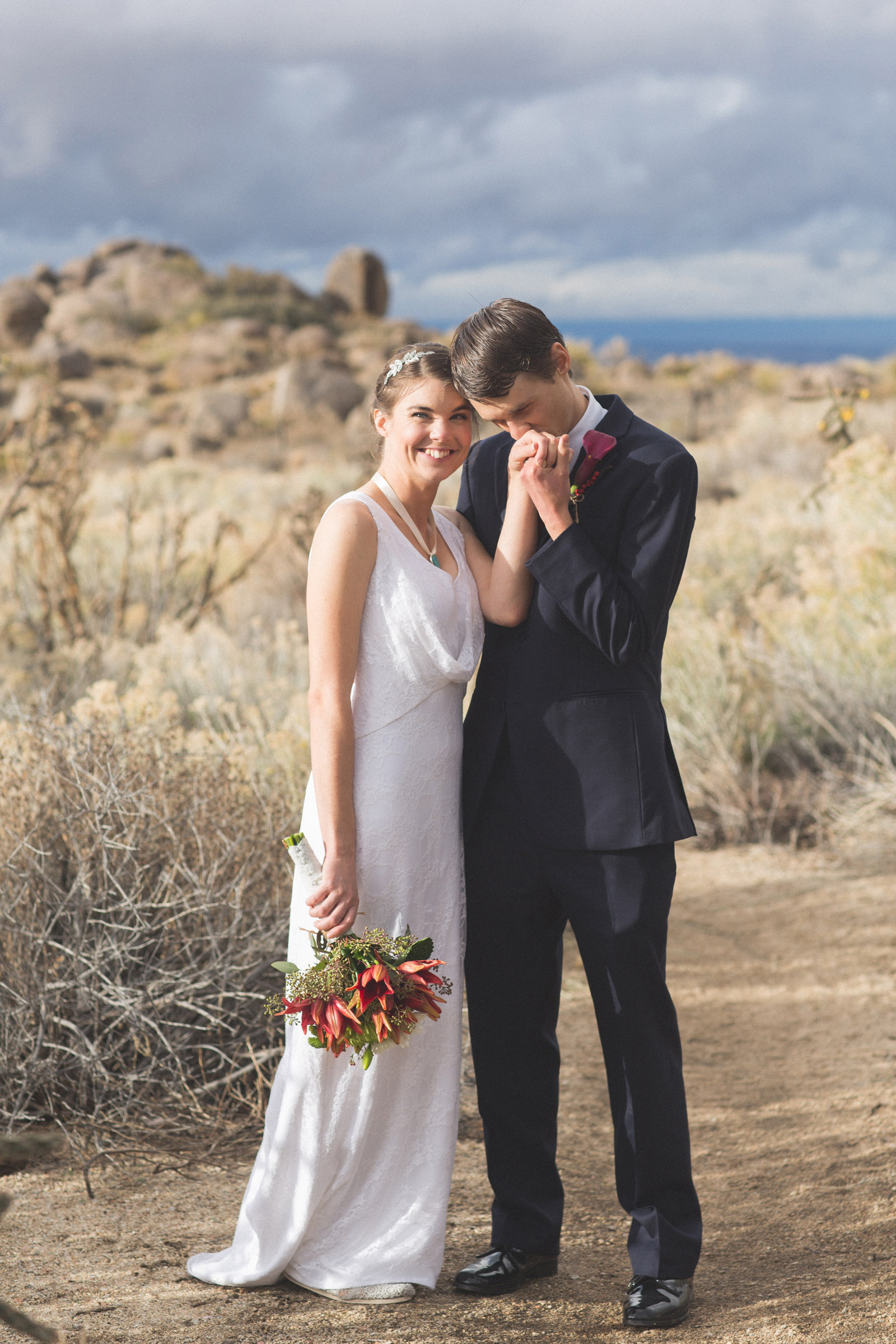 128-bride-and-groom-photos-capture-lifestyle-photography-in-sandia-mountains