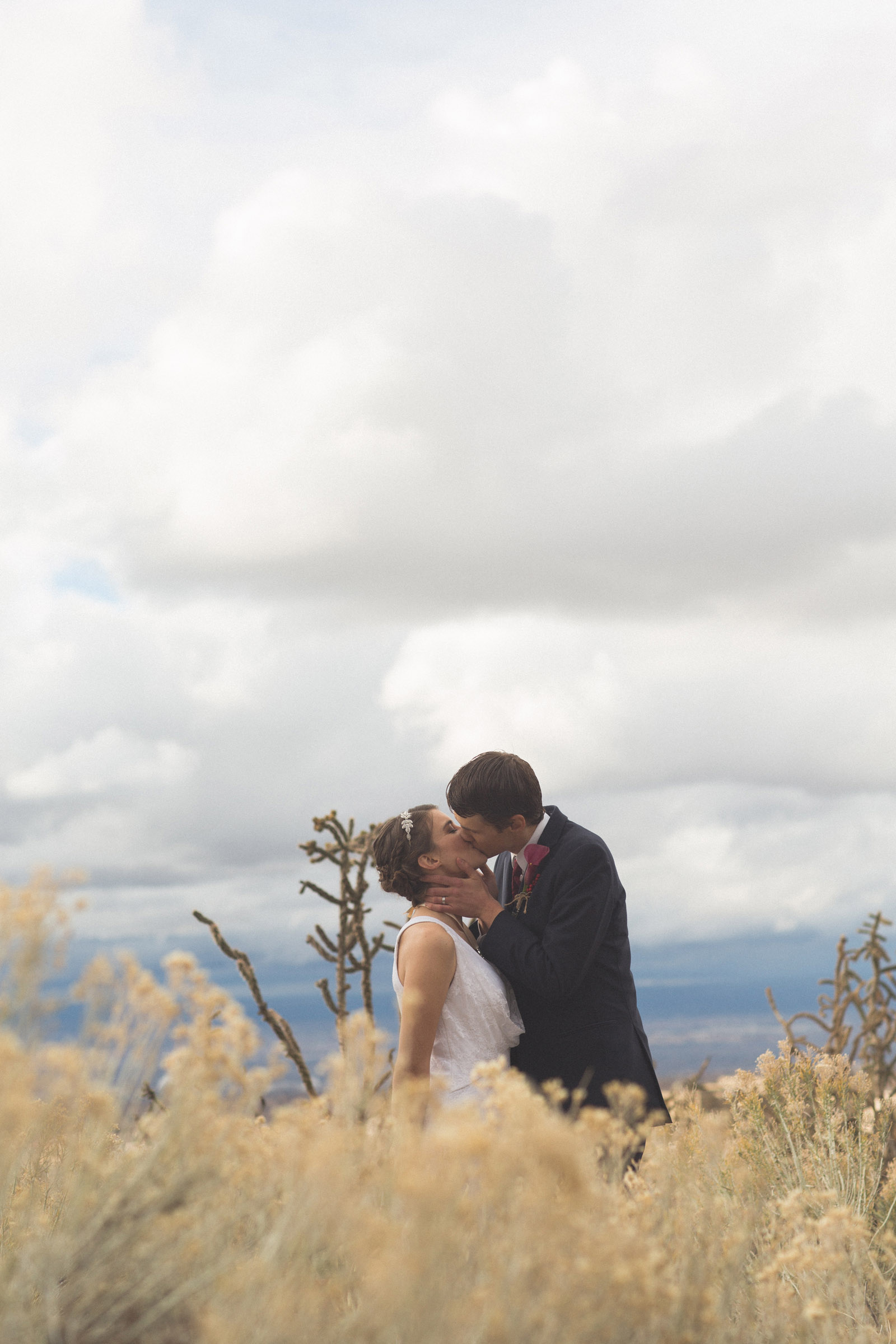 134-bride-and-groom-photos-capture-lifestyle-photography-in-sandia-mountains