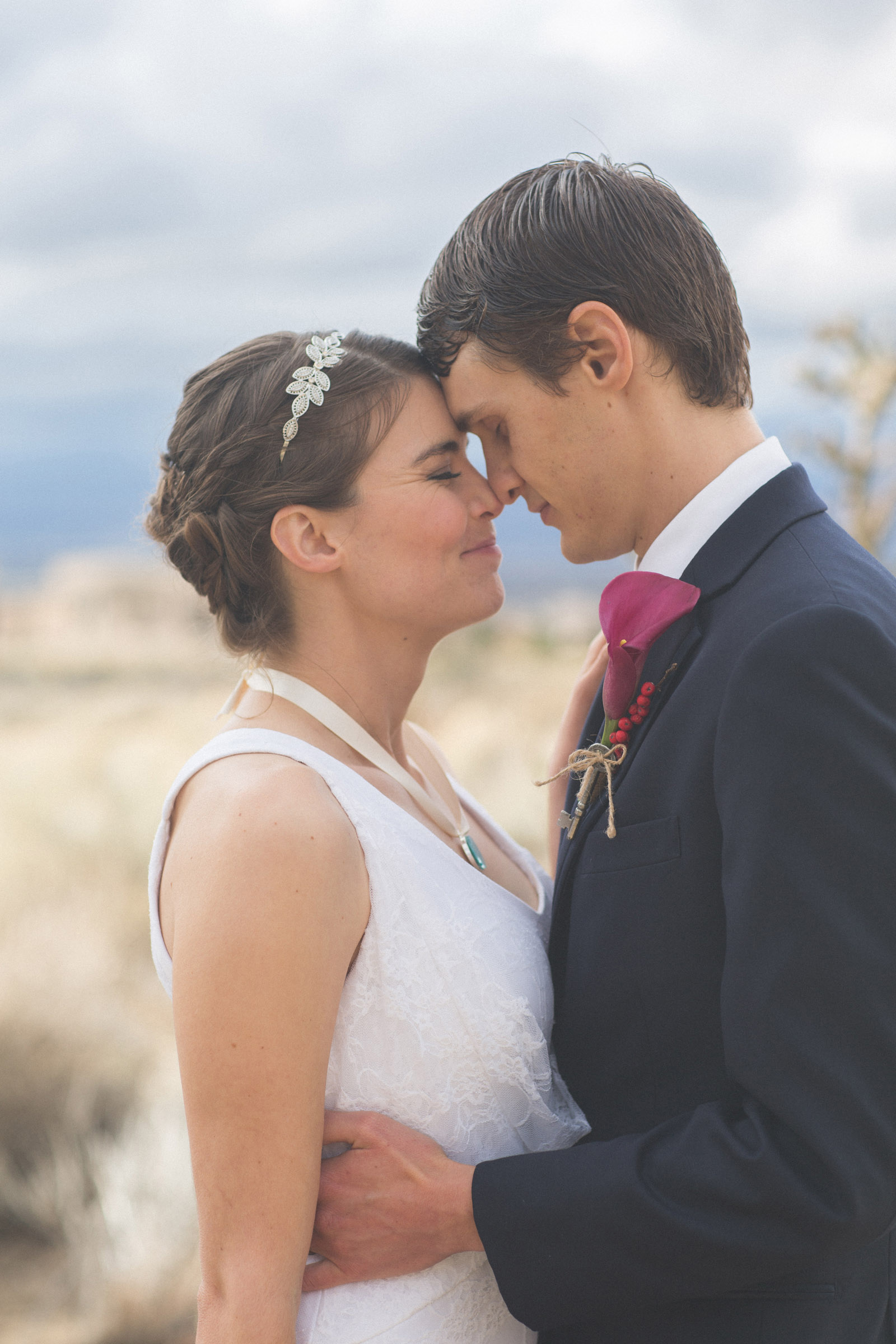 143-bride-and-groom-photos-capture-lifestyle-photography-in-sandia-mountains