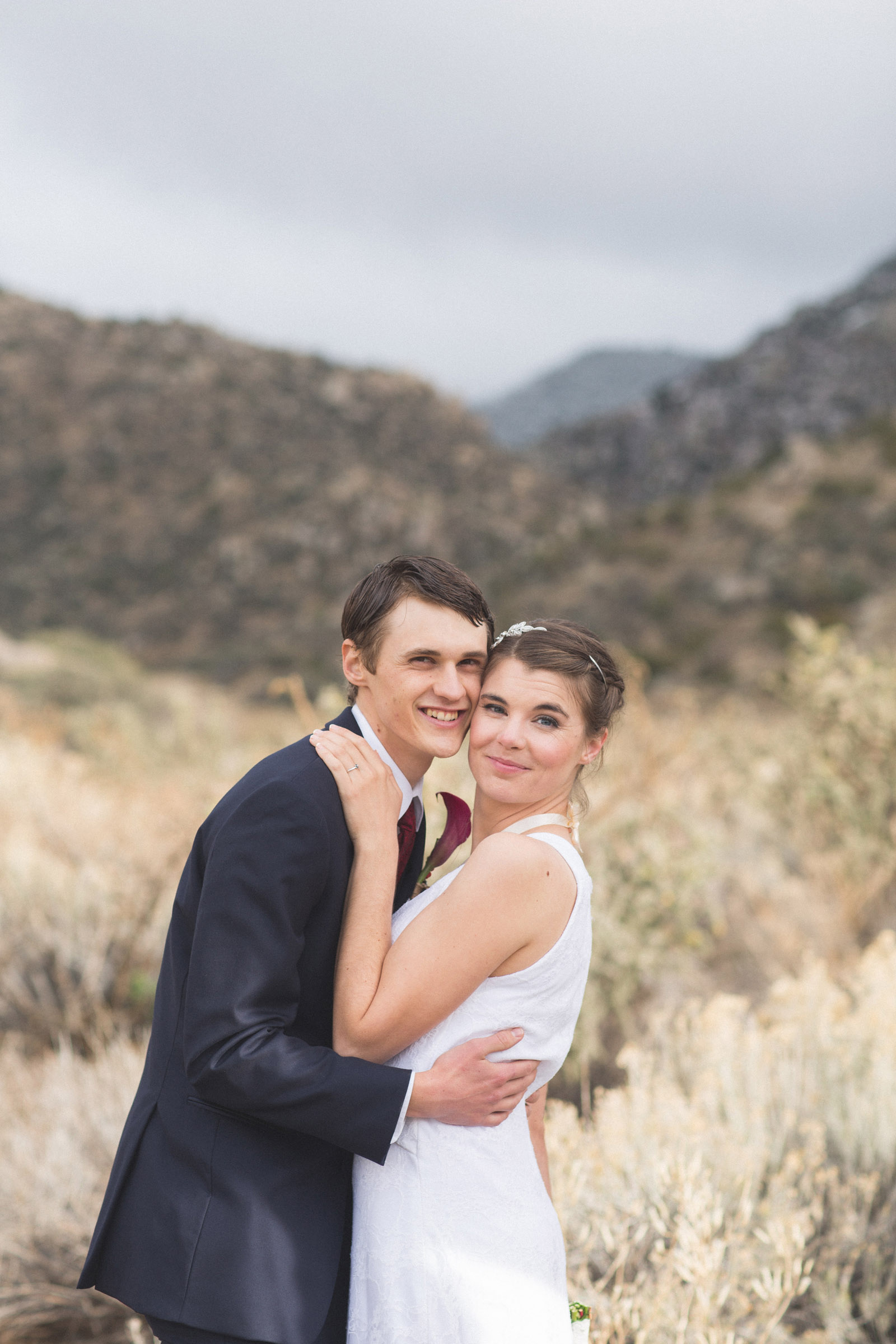 144-bride-and-groom-photos-capture-lifestyle-photography-in-sandia-mountains
